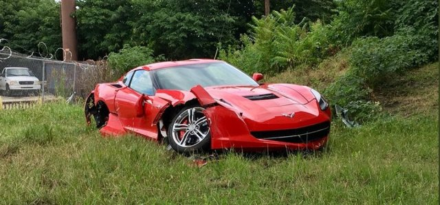 Wrecked C7 Corvette Stingray Front Low