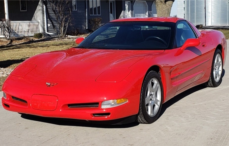 6-Speed Fixed Roof Coupe Corvette