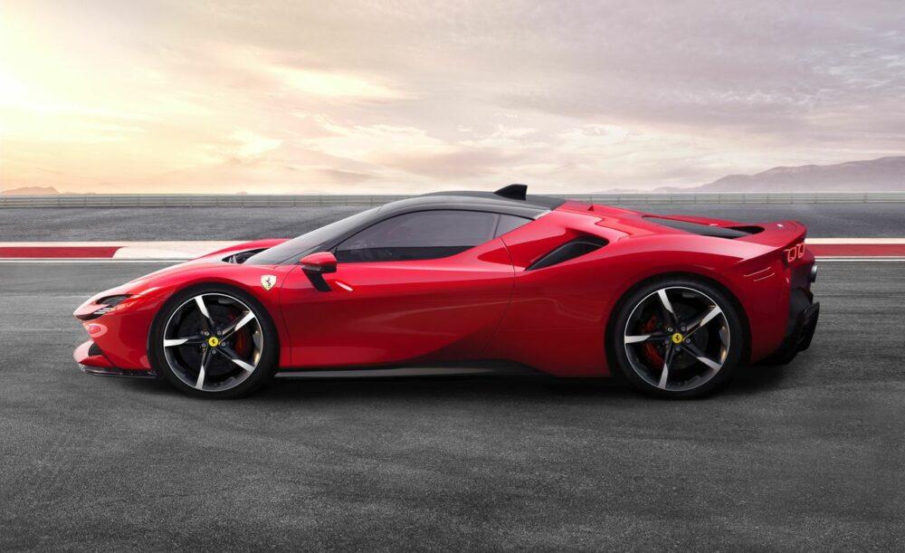 Will the C8 Corvette Be a Ferrari SF90 Stradale Killer?