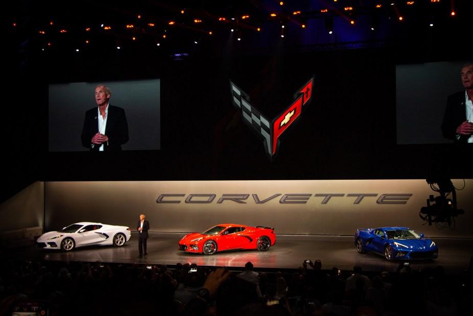 2020 C8 Corvette Revealed Meet Chevy S Mid Engine Porsche Slayer