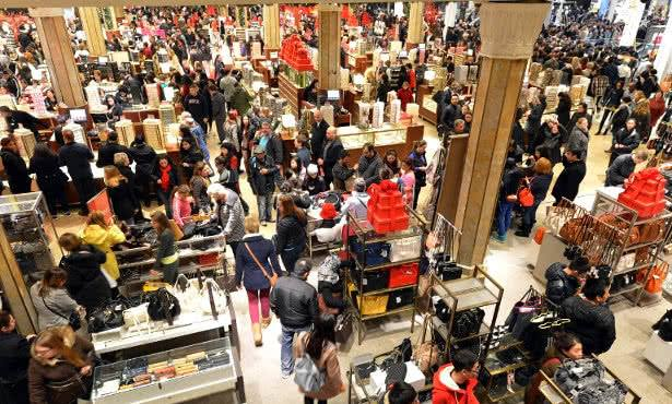 23 Novembre: Arriva il Black Friday