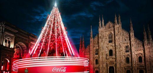 NATALE 2020: l'albero in Piazza Duomo sarà targato COCA COLA