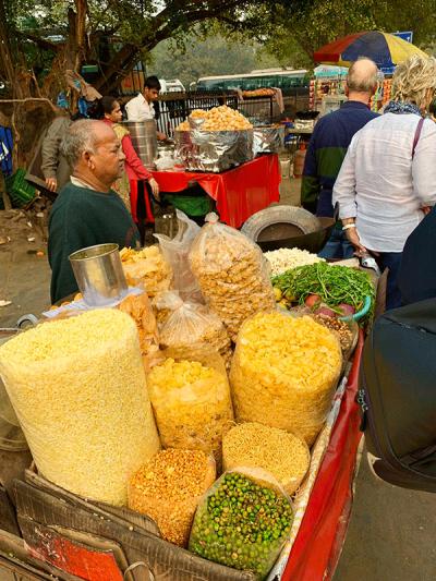 I-banchetti-del-mercato-in-India-01