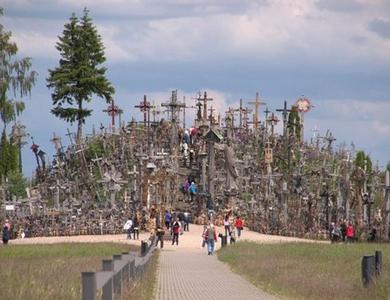 La-collina-delle-croci-in-Lituania
