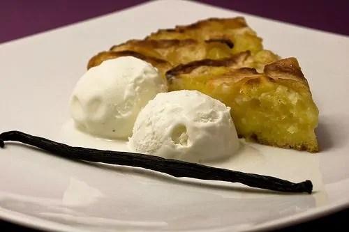 Torta di mele con gelato alla Vaniglia