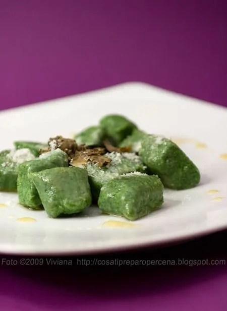 Gnocchi ricotta e spinaci al burro e tartufo