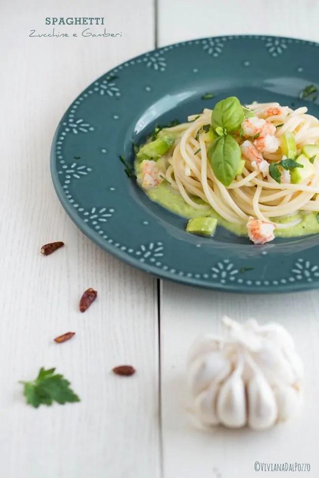 spaghetti zucchine e gamberi