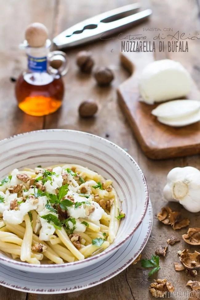 Pasta colatura di alici e mozzarella di Bufala: la campania nel piatto!