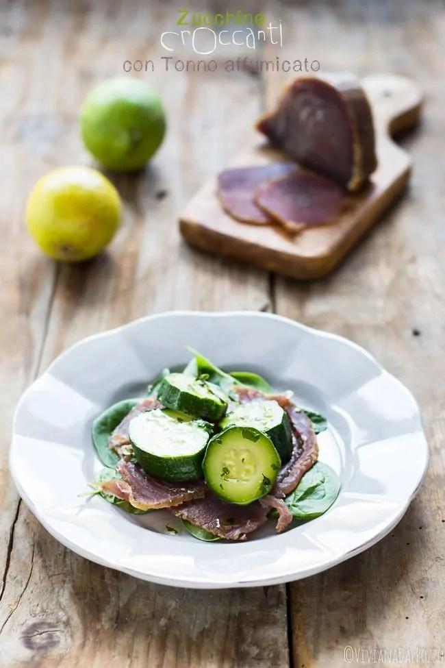 zucchine croccanti al timo e tonno affumicato