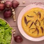 frittata con farina di ceci e cipolle
