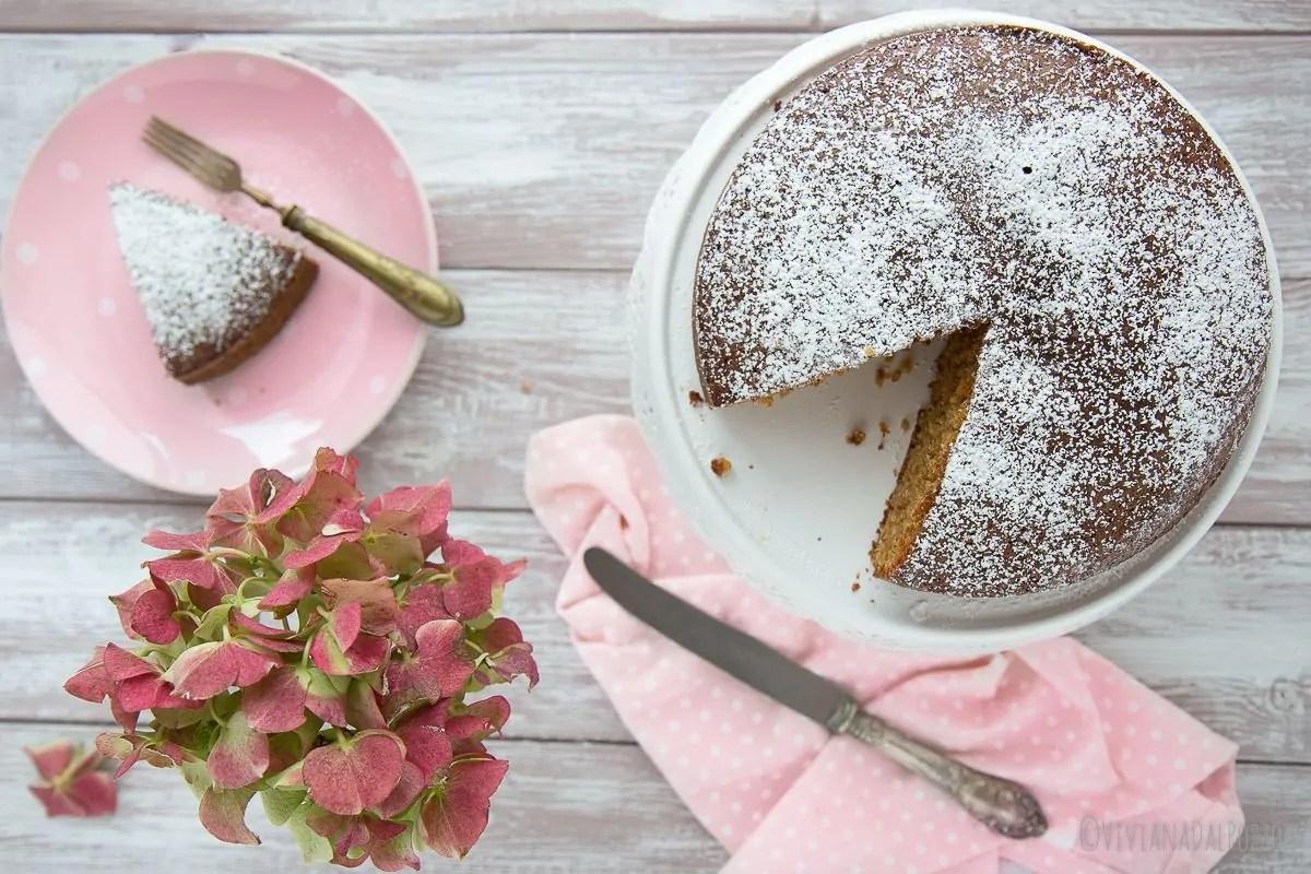 torta di frutta secca