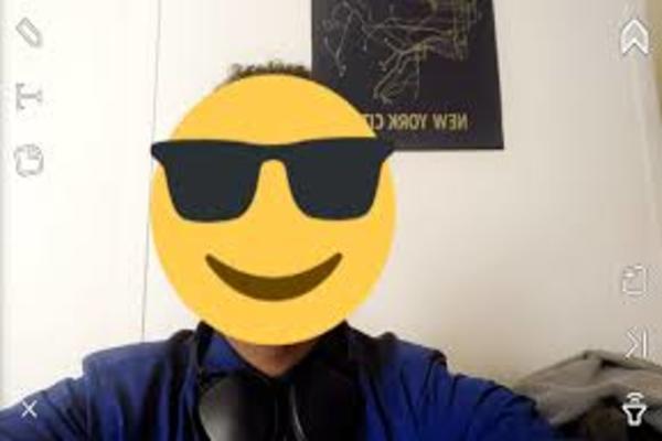 snapchat smiley