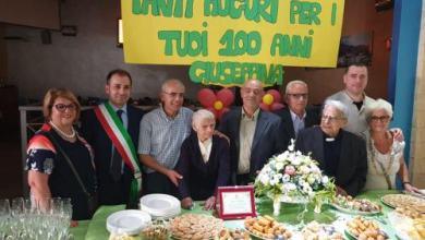 Photo of Mormanno, L'abbraccio dell'amministrazione comunale alla centenaria Giuseppina Minervini