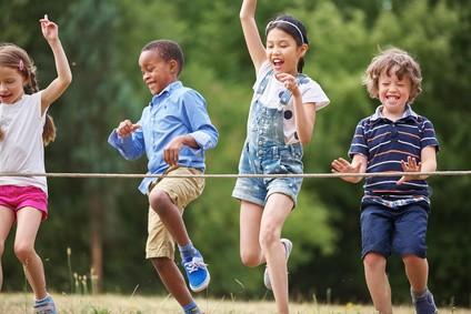 Giochi Per Bambini Allaperto Giochi Di Gruppo Da Fare In