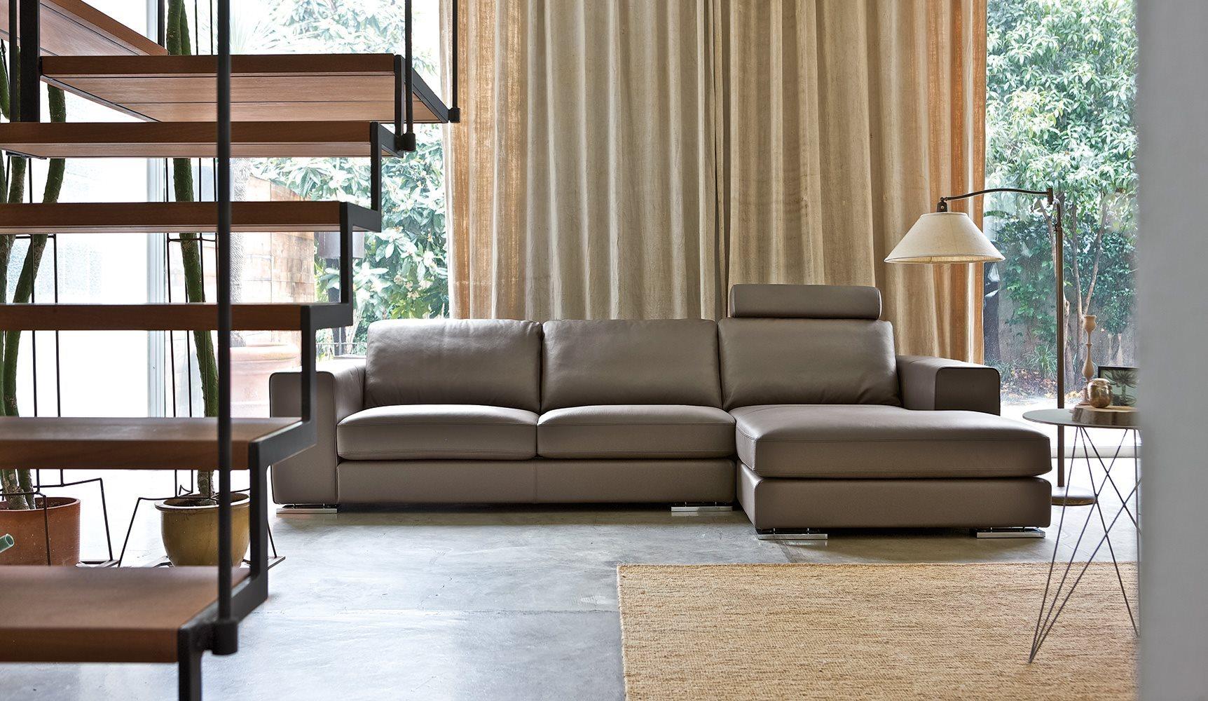 Manhattan divano alberta made in italy cosma arredamenti for Cosma arredamenti