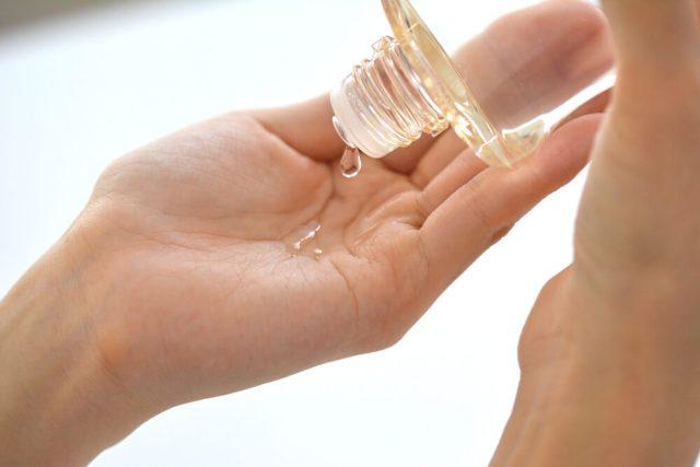 「化粧水 フリー画像」の画像検索結果