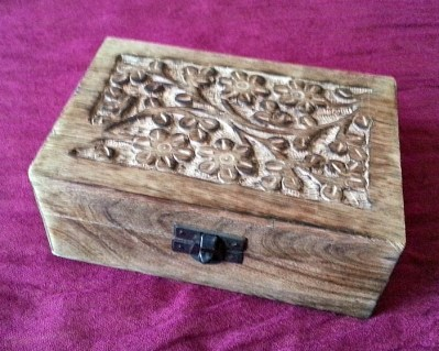 wooden storage box with flower motif