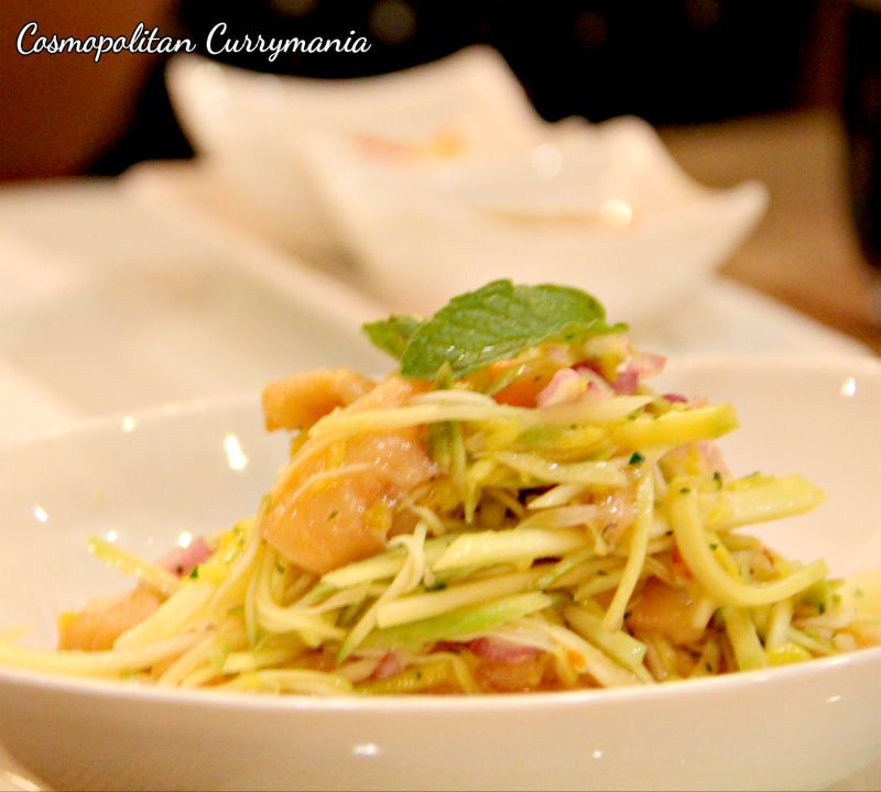 The green papaya salad with salmon strips was perfect.
