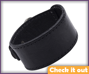 Black Leather Upper Arm Cuff.