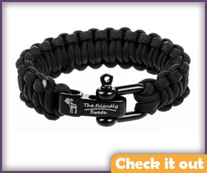 Black Paracord Bracelet.