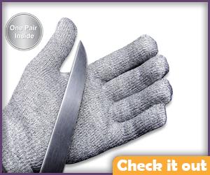 Metal Glove.