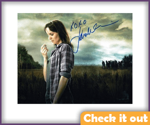 Lori Grimes Autograph Photo.