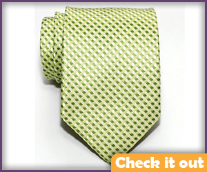 Green Pattern Tie.