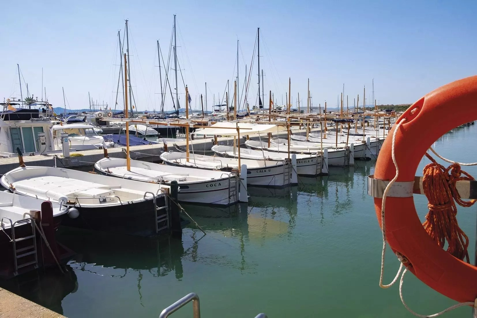 Mallorquina Boote im Hafen