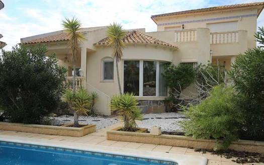 Spacious 3 Bed Detached Villa on La Ramblas