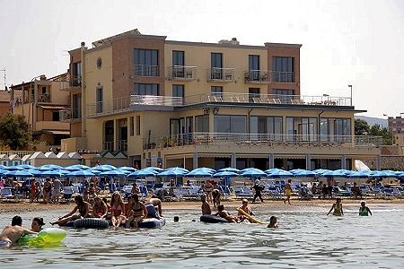 Residence Mediterraneo a San Vincenzo