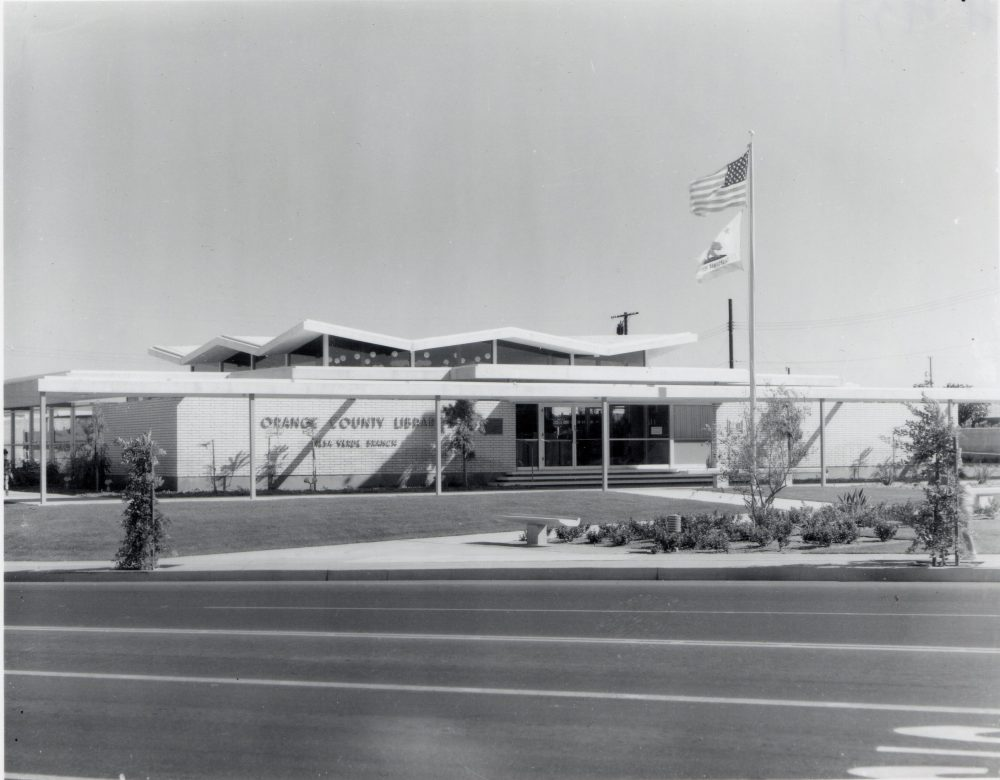 Mesa Verde Library: Bold Architectural Beauty