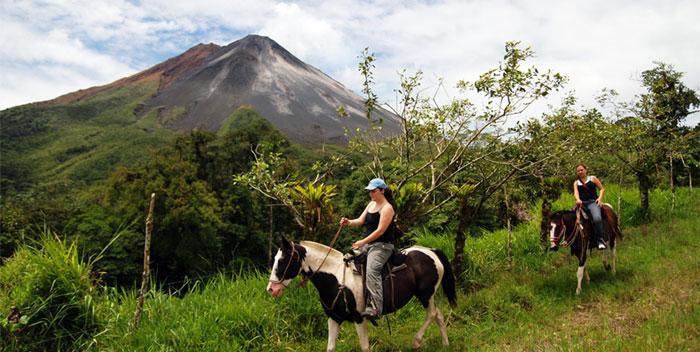 Arenal-Volcano-National-Par