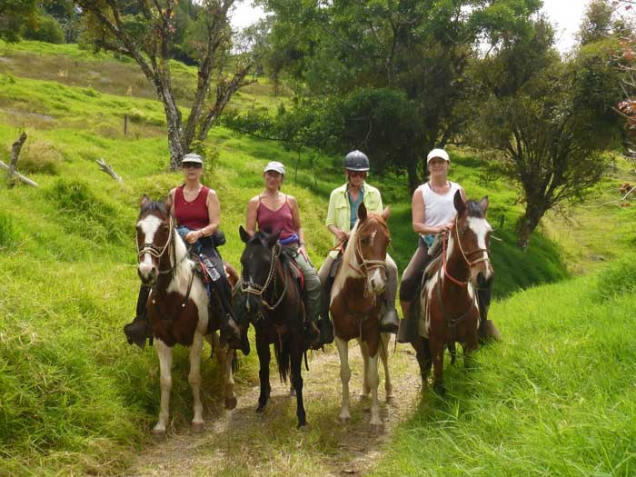 6 Best Horseback Riding Tours in Costa Rica