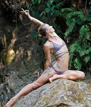 Bamboo Yoga play