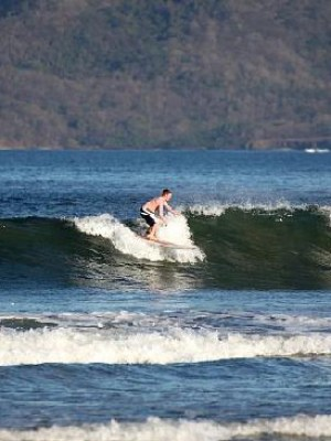 Rica-Surf-Day-Lessons-and-Surf-Trips-2
