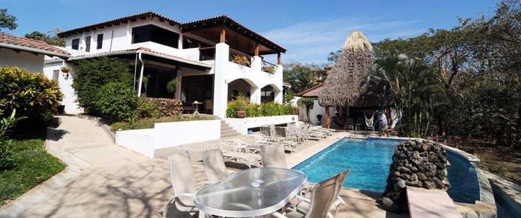 Villa-Alegre