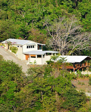 Playa-Hermosa-lodge