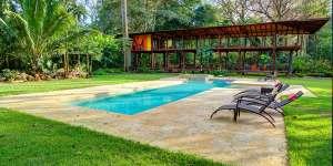 pool-jungle-iguana-lodge-costa-rica