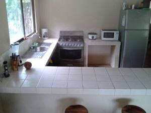 Nice clean, new kitchen