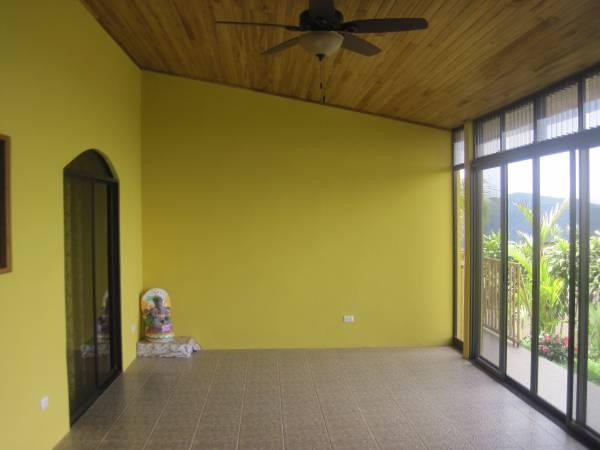 EE4215 Enclosed Terrace