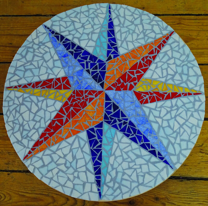 Exemple De Plateau Tournant En Mosaique Rose Des Vents En Emaux De Briare