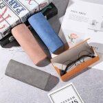 HMGANG Etui à Lunettes Fer Unisexe Feuille Optique Souple étui à Lunettes Lunettes boîte de Lunettes Cas pour Les Hommes Femme Ovale Yeux Lunettes de Lecture Boîte (Color : Grey, Size : M)