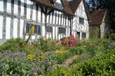Mary Arden's Farm Shakespeare Stratford Cotswolds