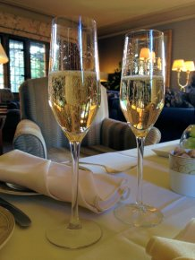 mallory-court-afternoon-tea-cotswolds-concierge (1)