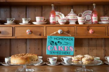 tea-tea-set-broadway-chipping-norton-cotswolds-concierge (34)