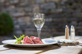 angel-at-burford-dining-pub-cotswolds-concierge (12)