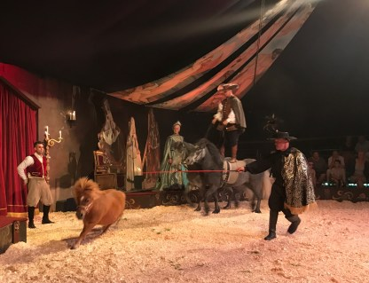 giffords-circus-any-port-in-a-storm-cotswolds-concierge (23)
