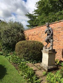 painswick-rococo-garden-summer-cotswolds-concierge (25)