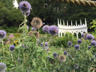 painswick-rococo-garden-summer-cotswolds-concierge (39)