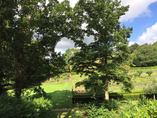 painswick-rococo-garden-summer-cotswolds-concierge (45)
